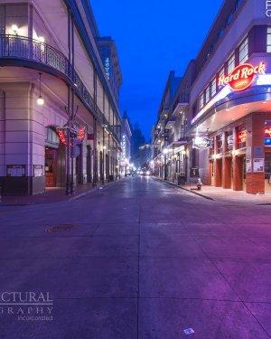 bourbon-street-new-orleans-louisiana